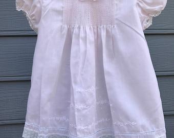 Vintage Baby Girl Dress, Vintage Baby Dress, Vintage Pink Baby Girl Dress, Vintage Lace Pink Baby Dress, Vintage Coming Home Dress Newborn