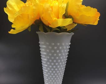 Vintage Anchor Hocking milkglass hobnail vase