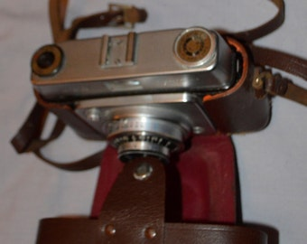c. SALE -  Ilford Sportsman 3rd style, camera