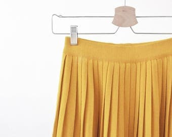 Golden yellow, knitted pleated midi skirt, bright colors, soft cotton, light, summer, spring