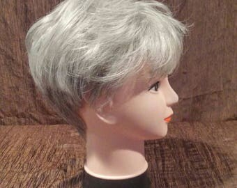 Envy Wig short medium grey, free shipping
