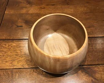 Small Maple Bowl!