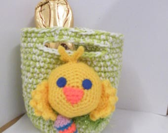 Hand crochet Easter Basket with duck on front, with easter egg inside