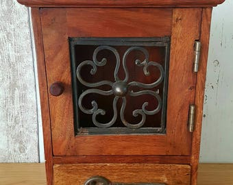 Solid Oak Cast Iron Key Holder Vintage Hooks Organiser Home Decor Antique