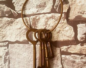 Large Brass Skeleton Keys x 5 Garden Home Decor