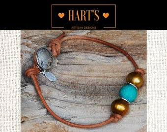 Bohemian Pearl and Leather Bracelet