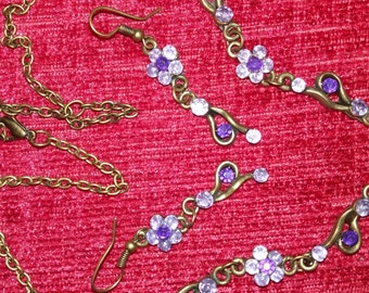 Vintage necklace and earring set bautiful
