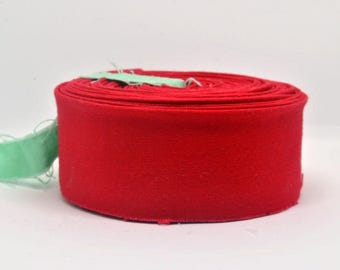 "Quilt Binding- Bella Solids - Christmas Red - Moda 1.25"" double-fold cotton quilt binding - 7 yard roll"