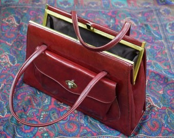 Handbag Ladies Vintage Handbag @ 1960s 1970s Oxblood Faux Leather Kelly Bag Style Hand Held Handbag Vinyl