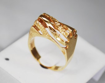 Vintage 10K Modernist Gold Ring; Size 4