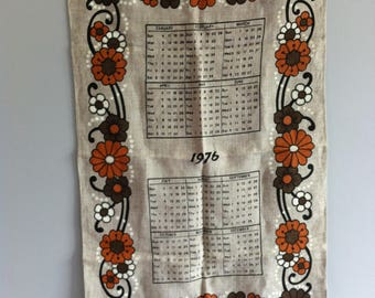 Vintage 1976 Tea Towel,  Irish Linen, flower power, wall hanging, calendar. Clean,unused.