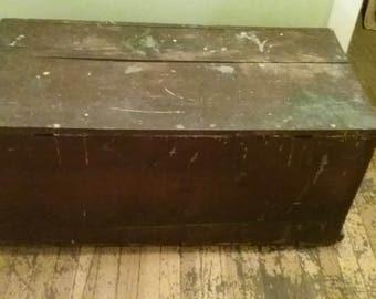Vintage Wooden Trunk/Vintage Wooden Chest/Old Wooden Trunk/Old Wooden Chest/Wood Trunk/Wood Chest/Wooden Box/Old Wood Box/Vintage Box/Trunk