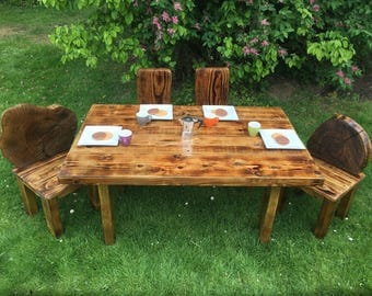 Recycled wood Children's table and chairs