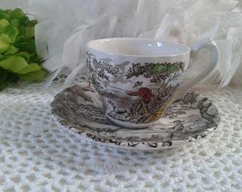 SALE: Myott teacup set with The Hunter pattern, cream teacup set with bird shooting scene, teacup set with hunting scene in the countryside
