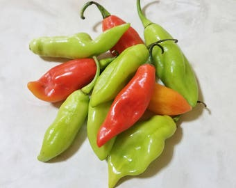 Whole Fresh Trinidad Pimento Peppers. A Staple in Trinidad and West Indian Islands dishes and Seasonings, Great taste and Aroma