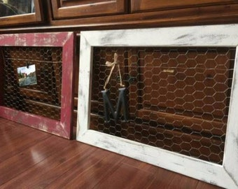 Distressed Chicken Wire Frame (Larger size) for photos and home decor spaces, Farmhouse style