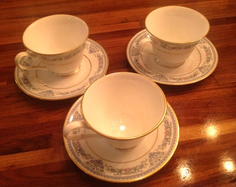Oxford Fontaine Pattern Cup and Saucers Set of Three