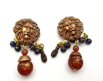Clip On Lion Dangle Earrings Primitive Copper and Red Plastic Drop Earring Vintage 80s Lightweight Safari Vacation Trip Africa Jungle King