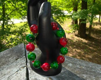 colorful red ,green glass bead bracelet ,