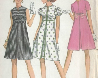 1968 Vintage Sewing Pattern B36 DRESS (R681)  McCalls 9558