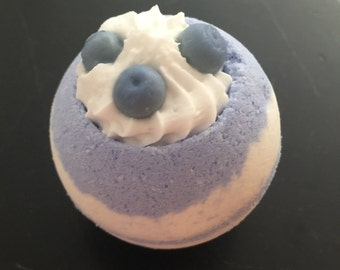 Blueberry Bath Bomb Bath Fizzie Blue Bomb Cocoa Butter Blue Bathbomb Bubbling Bomb Spa Bubbles