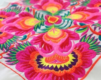 Lovely Flower Design Tribal Textile Crafts DIY Piece Of Embroidered Fabric