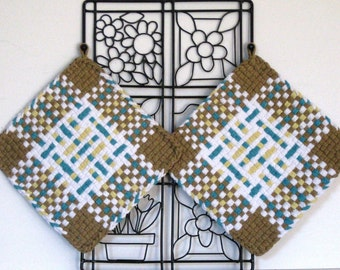 GK's Kitchen - One Pair - Taupe, White Blue and Yellow Plaid Potholders.   Item # GK's Kitchen - Fall 00300