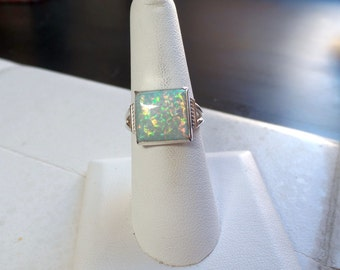 Enchanting Sterling Silver Lab Created Opal Ring 1154