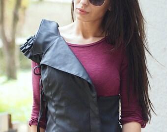 Blck leather sleeveles jacket/black leather vest/blacl leather sleeveles coat/leather vesr