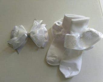 White hair bow set, fancy ruffle socks, Rhinestone hair bow, White hair bow, White ruffle socks, wedding hair bow, flower girl hair bow