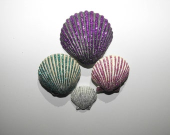 Glam Clam Glitter Magnets