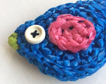 Recycled magnet made from plastic bags / Crocheted Magnet / Bird Magnet / Handmade Magnet / Refrigerator Magnet / Housewarming Gift
