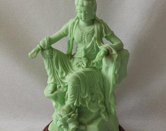 Kwan Yin / Quan Yin /Guanyin Goddess Glowing Statue