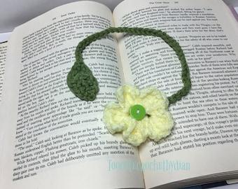 Crochet flower book mark/ yellow flower book mark/ reader gift/handmade book mark/teachergift/hostess gift/book marker/Spring Launch Green