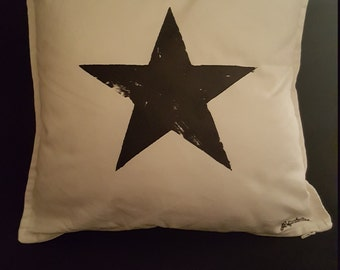 Blackstar Cushion cover, David Bowie inspired, 100 % Cotton, Eyecatcher on every Sofa!!