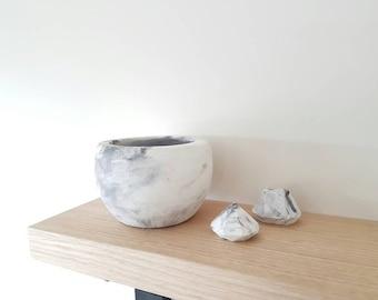 Raw Concrete Bowl / Planter