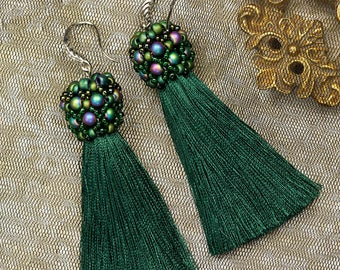 simple earrings,green earrings,embroidered earrings,dangle earrings,long earrings,tassel earrings,tassel jewelry,pearls earring, embroidery