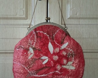 Felted handbag coral