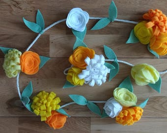 Nursery felt hanging flower garland, spring colours, Easter flowers, baby gift