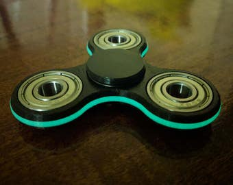 Ceramic Fidget Spinner ( Black, Glow in the Dark Green, Black ) Free super charger LED included