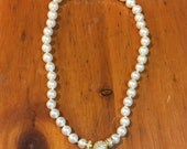 Faux Pearl Necklace Magnetic Clasp