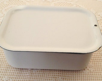 Vintage white enamel container with lid, enamelware, refrigerator box, enamel box, food container, USSR, food storage, soviet vintage