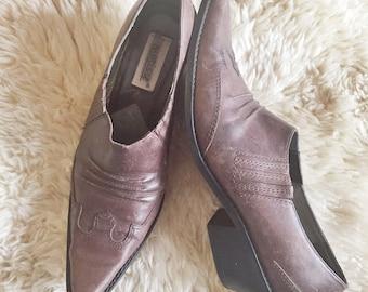 S A L E Vintage Western Leather Ankle Boots // Women's sz 42 / 9