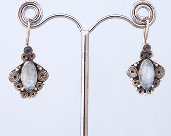 Moon stone and silver earrings