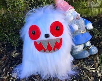 White Ice Monster Plush Kawaii Plushie Toys OOAK Art Doll Woodland Creature Weird Stuffed Animal Yeti Horror Toy