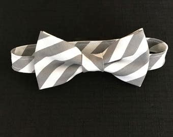 Gray & White Striped Boys Bow Tie, Toddlers Striped Bow Tie, Adjustable Gray and White Bow Tie for Kids, Gray and White Bow Tie for Baby