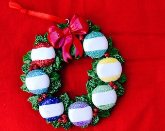 christmas wreath with 7 ornaments