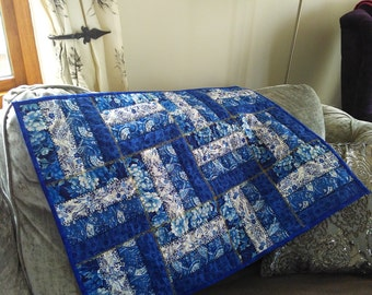 Oriental style blue and white COFFEE TABLE QUILT