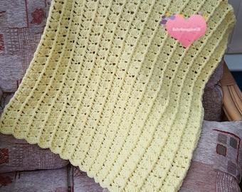 """Lemon crocheted baby blanket/afghan. 30""""x25"""" Christening gift, baby shower. 76cm x 64cm. Handmade. New baby."""