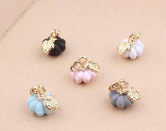 10PCS Pumpkin Charms Pumpkin Pendants Diy Jewelry Accessories In Gold Metal Enamel Charm 5 Different Colors, 10*12MM